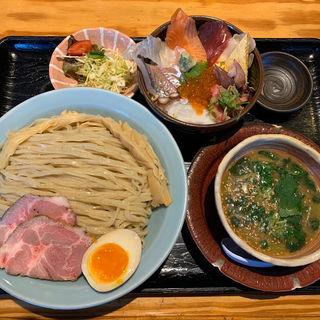 濃厚魚介つけ麺ランチSP(割鮮 うを亀本店)