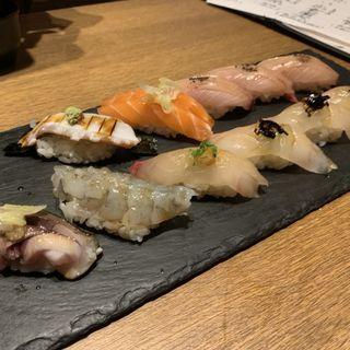 お寿司の盛り合わせ(藤家 )