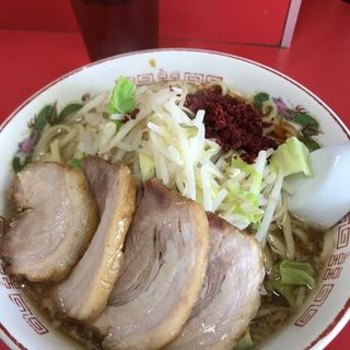 小ラーメン+豚2枚+辛いの(赤ひげラーメン )