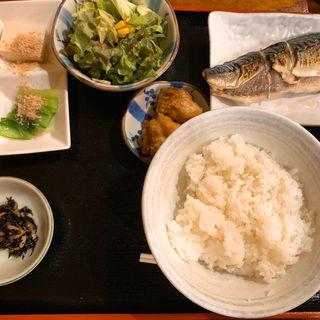 サバ塩焼き定食(もて茄子や 新宿御苑前 (もてなすや))