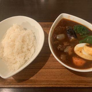 ビーフ スープカレー黒(スープカレー屋 鴻 神田駿河台店 (スープカレーヤ オオドリー))