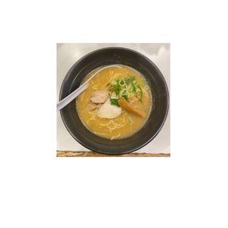 濃厚鶏白湯そば(めんや 鶏志)