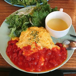 rokuオムライス(roku cafe (ロクカフェ))