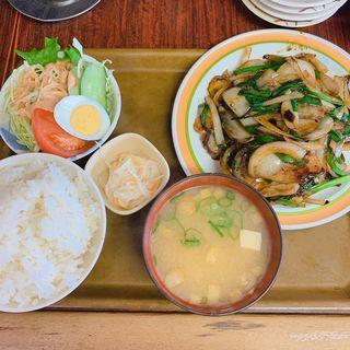 豚ニラ炒め定食(幸龍)