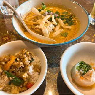 ランチセット(タイ・アヨタヤ・レストラン (Thai Ayothaya Restaurant))