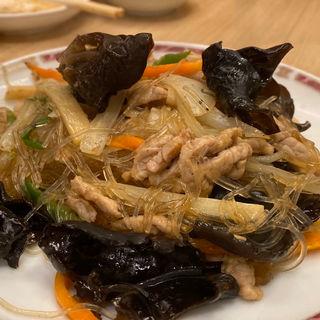 きくらげと春雨の炒め物(中華レストラン みつい )
