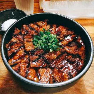 中豚丼(炭火豚丼 豚野郎)