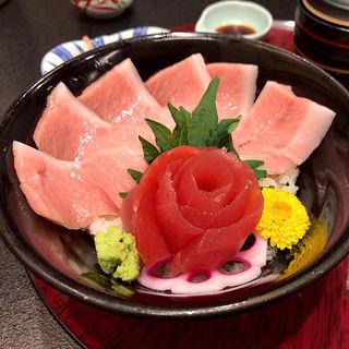 まぐろ丼(創菜旬魚 はしもと 南三陸さんさん商店街)
