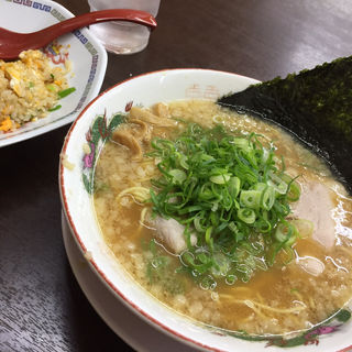 中華そば(珍遊 一乗寺本店  (ちんゆう))