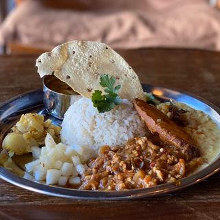 本日のアンマのカレーSpecial+ドリンクセット(veg and spice om om om)
