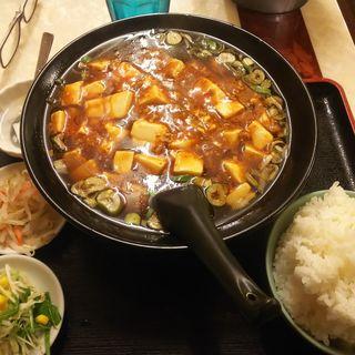 唐揚げ定食(日替わりのホワイトボード)(中華料理 福満楼)