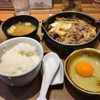 すき焼き定食(やよい軒 神田北口店 )