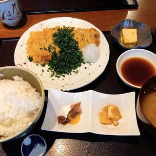 豚の天ぷら(ランチセット)(日本橋逢坂 (ニホンバシオウサカ))