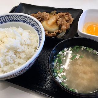 牛皿定食ご飯大盛(吉野家 札幌狸小路店)
