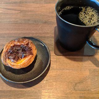 ダークコーヒーとカカオエッグタルト(Beasty Coffee [cafe laboratory])