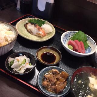 日替定食(丸 (マル))