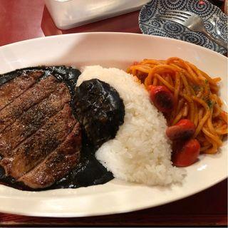 ナポリ&ステーキカリー(まんぷく食堂 (まんぷくしょくどう))