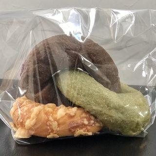 三色パン(GREEN THUMB)
