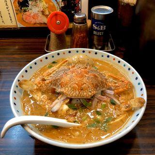 丸ごと渡り蟹濃厚トマト味噌クリーム麺(らー麺 あけどや )