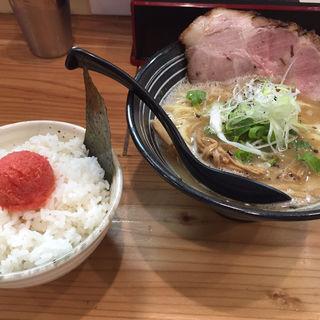 鶏醤油 鶏パイタン(極麺 青二犀 (ゴクメン アオニサイ))
