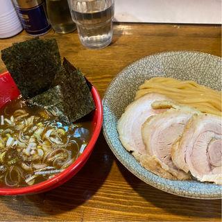 濃厚煮干豚骨(麺量250g)つけ味玉そば (市川ウズマサ )