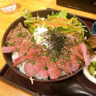 えぞ鹿ロースト丼定食(魚蔵 ねむろ (ととぐら ねむろ))