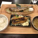 ぬか漬け秋刀魚焼きとイワシフライ定食