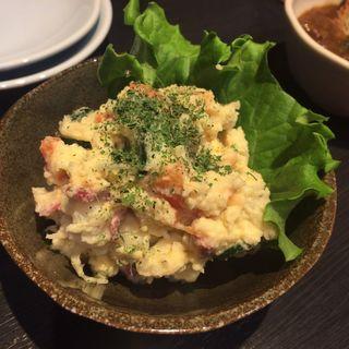 自家製ポテトサラダ(馬ん馬んいくどん )