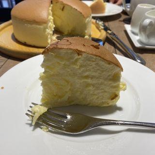 チーズケーキワンホール ティーセット(りくろーおじさんの店 (新)なんば本店  )
