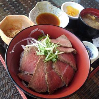 ローストホエール丼(元気食堂)