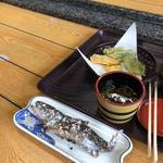 流しそうめん、ますの塩焼き、クレソンの天ぷら