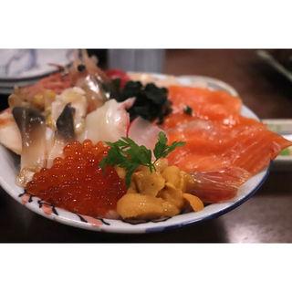 海鮮丼(北のグルメ )