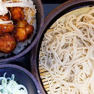 揚げ鶏丼セット(ゆで太郎 六番町店 (ゆでたろう))