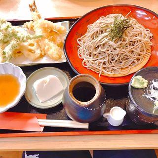 海老天ざる蕎麦(そば処 入四間)