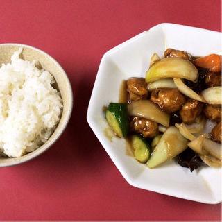 酢豚定食(日中園)