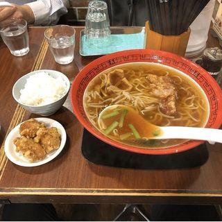 排骨拉麺(万世麺店 新宿西口店 (【旧店名:万世パーコーメン】))
