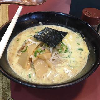 ミルクカレーラーメン(札幌ラーメン 大富 )