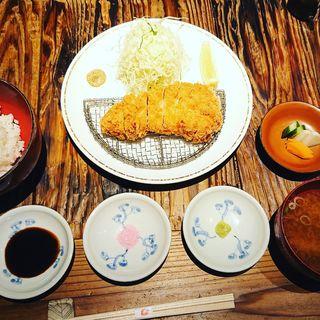 ロースカツ定食(かつ好)