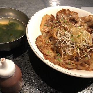 名物!豚丼(韓豚屋 銀座三丁目店 (ハンテジヤ))