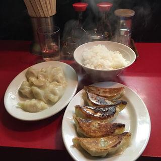 水餃子(餃子の店 蘭州 (ぎょうざのみせ らんしゅう))