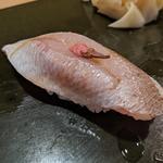 カスゴダイ(鮨 波づき)
