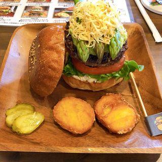 ふわチーアスパラバーガー(3月限定)(BURGER + CAFE DINING KOHAKU)