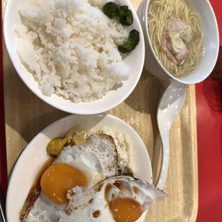 チャーシュー定食(ソラノイロ食堂 池袋店)
