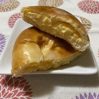 クリームパン(幸福堂)