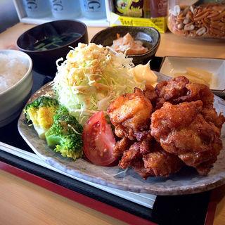 鶏の唐揚げ定食(心の台所 たかしげ)