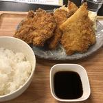 チキンとイカのフライ定食