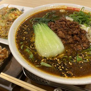 黒ごま担担麺(四川辣麺 阪急三番街店 (シセンラーメン))
