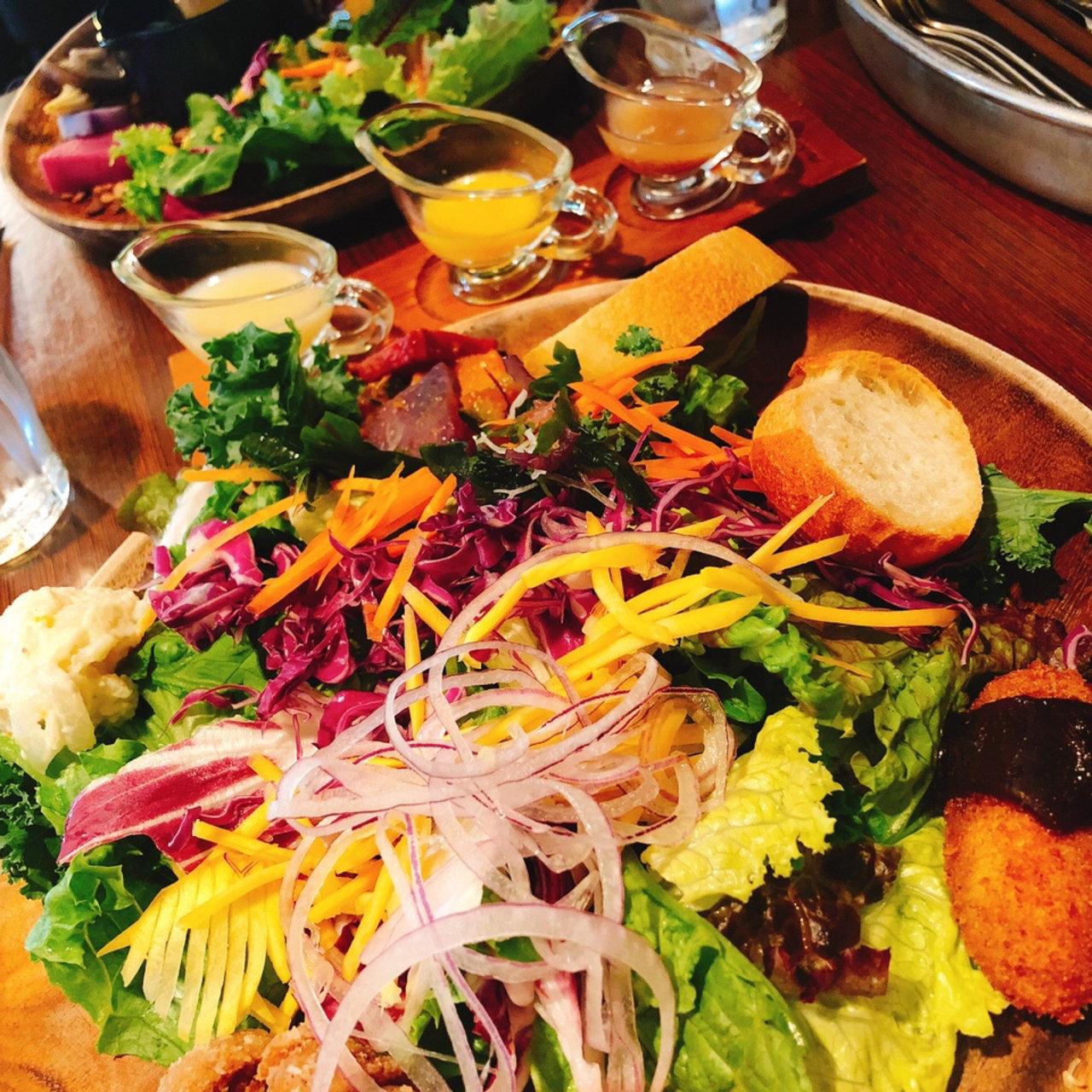 新宿でオススメなテイクアウトできるサラダ