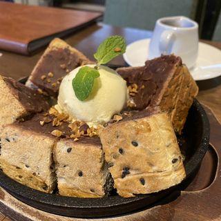 鉄板小倉トースト(喫茶ニューポピー)