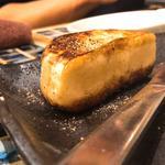 カマンベールチーズの蜂蜜かけ